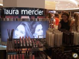 LauraMercier4
